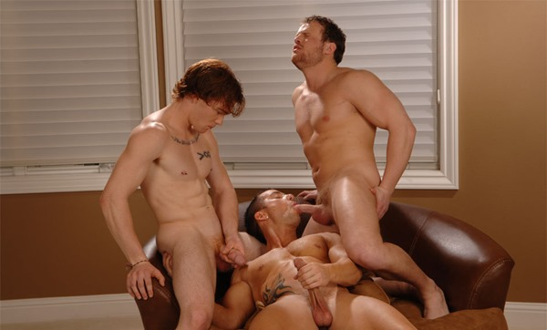 rod-daily-gay-threesome
